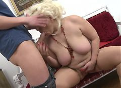 Posh mature mom seduced young boy