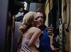 1977 Jennifer Welles  Inside Jennifer
