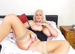 Gorgeous mature UK mom with amazing tits