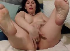 old lady opens her pussy for a bad boy