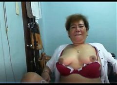 Elen Valdez mature Pinay from Manila showing on Skype