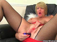 Britain's sexiest milfs part 17