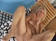GRANNY FINGERS HER ASSHOLE