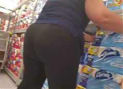 Big Butt GILF