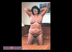 ILoveGrannY Mature Pictures Slideshow Collection