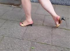 granny heels walking with red toenails