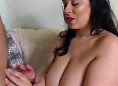 Booty bigtit MOM suck n fuck big dick