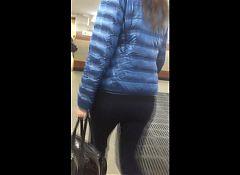 Sexy MILF booty ass 3