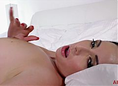 Horny MILF Daria Glower from AllOver30