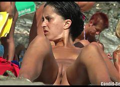 HD Beach Voyeur Milfs Nudists Spycam Video